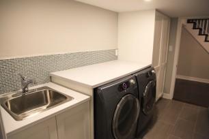 Basement Laundry_02