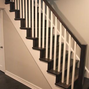 Basement Stair_01